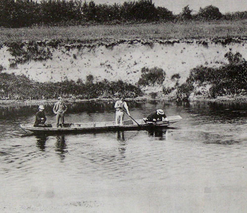 Punting on the Wye near How Caple 1890